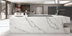Unique Calacatta, el gran avance de Compac con materiales nuevos para usarlos por diseñadores en las cocinas. Nos gusta!  #diseñodecocinas #diseñosespeciales #materialesdecocina #mueblesdecocina #interiorismo