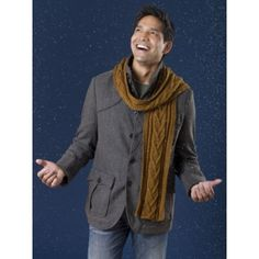 These scarf knitting instructions are perfect for making your man a masculine, cozy scarf. The Men's Combo Cable Scarf features intriguing lines and borders that make this scarf fun to look at. Sweater Knitting Patterns, Knitting Designs, Free Knitting, Crochet Patterns, Knitting Projects, Cowl Patterns, Knitting Hats, Knitting Tutorials, Knitting Ideas
