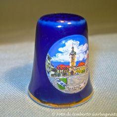 "...Ditale in porcellana ""Ansbach"" (D) - © Umberto Garbagnati -."