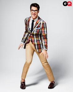 I sometimes wish I were a man just so I could wear outfits like this.  I would be so dapper.  On the flip side, I'm glad I get to be a preppy-granola-crunchy-hipster lesbian every day.