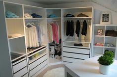 walk in closet, ankleidezimmer, begehbarer kleiderschrank, IKEA PAX KOMPLEMENT KALLAX ähnliche Projekte und Ideen wie im Bild vorgestellt findest du auch in unserem Magazin