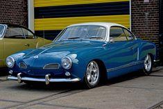 Volkswagen – One Stop Classic Car News & Tips Volkswagen Karmann Ghia, Volkswagen Bus, Karmann Ghia Convertible, Vw Vintage, Old School Cars, Best Muscle Cars, Vw Cars, Custom Cars, Dream Cars