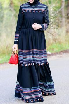 You searched for: shrugs for evening wear! Finthousands of hand crafted, old-fashioned, and distinct products. Abaya Fashion, Modest Fashion, Fashion Dresses, Muslim Women Fashion, Islamic Fashion, Mode Abaya, Mode Hijab, Modest Dresses, Casual Dresses