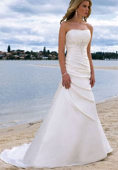 this is gonna be my wedding dresss <3
