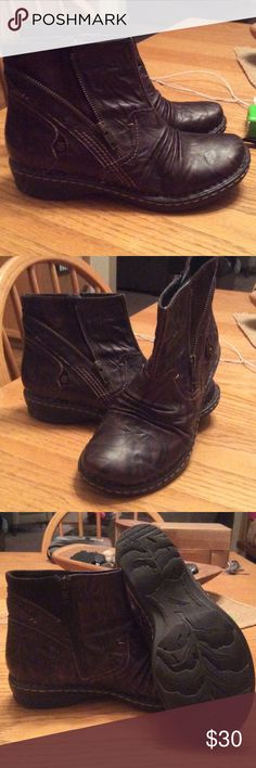 Brown leather ankle boots Super duper comfortable brown leather ankle boots by Earth. They Come just above the ankle.   Inside zipper-with a outside faux zipper.  A little bit of suede on very top and side of boot. earth Shoes Ankle Boots & Booties