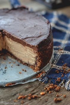 Chocolate peanut butter cheesecake. Wow three of my favorites , chocolate cheese and my Peanut butter. Totally awesome wish I had made one for my birthday today.NO DESSERTS TODAY. HAppycookdiva.