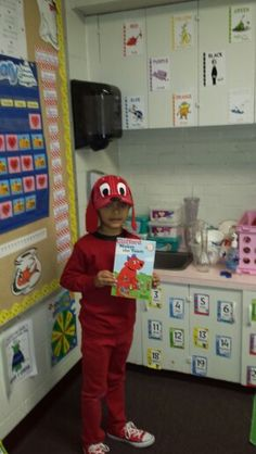 Clifford the Big Red Dog costume (book by Norman Bridwell). Mix and match normal clothes with a homemade hat, mask or headband for a quick costume. Story Book Costumes, Storybook Character Costumes, Storybook Characters, Book Characters Dress Up, Character Dress Up, Kids Costumes Boys, Boy Costumes, Costume Ideas, Character Day Ideas