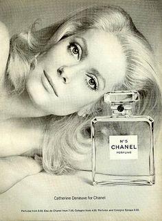 Catherine Deneuve for Chanel N°5 Ad #Chanel5 #CatherineDeneuve Visit espritdegabrielle.com | L'héritage de Coco Chanel #espritdegabrielle