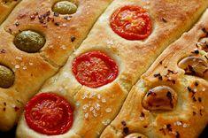 Μπαγκέτες χωρίς Ζύμωμα Vegan Vegetarian, Vegetarian Recipes, Pepperoni, Baguette, Bread Recipes, Om, Pizza, Bakery Recipes