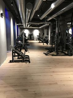 Pavimento flessibile ROVERE TAJ Modern Flooring, Going To The Gym, Recycling, Gallery, Design, Parquetry, Recyle, Repurpose, Upcycle