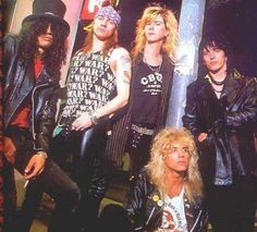 Guns n' Roses original line-up Guns N Roses, Musica Pop Rock, Axl Rose Slash, Velvet Revolver, Duff Mckagan, Welcome To The Jungle, Heavy Metal Bands, Living Legends, Rock Legends