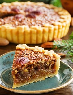 Pioneer Pecan Pie (No Corn Syrup!) – 12 Tomatoes recipes Pioneer Pecan Pie (No Corn Syrup! Köstliche Desserts, Delicious Desserts, Dessert Recipes, Yummy Food, Plated Desserts, Healthy Desserts, Drink Recipes, Healthy Food, Pecan Recipes