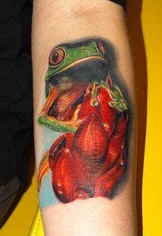 Realistic full colors tattoo of Frog by artist Michele Turco Frog Tattoos, World Tattoo, Tattoos Gallery, Color Tattoo, Tattoo Photos, Tattoo Artists, Tatoos, Tattoo Designs, Painting