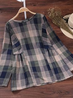 Casual Women Plaid Long Sleeve O-Neck Cotton Blouse- .- Casual Women Plaid Long Sleeve O-Neck Cotton Blouse- Casual Women Plaid Long Sleeve O-Neck Cotton Blouse- - Kurta Designs, Blouse Designs, Pakistani Dresses Casual, Pakistani Dress Design, Frock Design, Vintage Outfits, Vintage Clothing, Hijab Stile, Mode Hijab