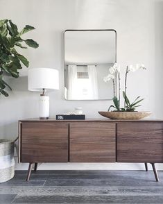 We searched for sideboard ideas and couldn't help but share with you what we found – contemporary sideboards with simple lines, neutral colors and clear textures. Scandinavian Furniture, Walnut Furniture, Bedroom Furniture Design, Decor, Furniture, Modern Furniture, Home Furniture, Furniture Decor, Sideboard Decor