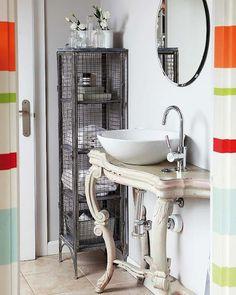 Etxekodeco: I want to give my bathroom cabinet a twist