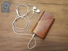 light brown leather iphone case - vegetable dyes   Etsy LittleBagsChiangMai