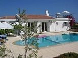 Villa for rent in Alsancak, Nr. Kyrenia, Northern Cyprus. Holiday rental direct from owner. CY766