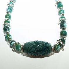 Joyous Harmony Jade and agate combine in this necklace to give you a feeling of abundant joy, courage and harmony and it grounds your energy so that you are more effective on the Earth-plane