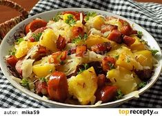 Sedlácké brambory recept - TopRecepty.cz Czech Recipes, Ethnic Recipes, Fruit Salad, Ham, Potato Salad, Food Porn, Food And Drink, Potatoes, Treats