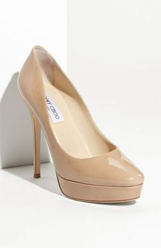 Nothing beats a good nude pump... too bad I can't afford this one...