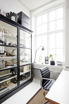 Curio Cabinet Comeback: Display Cases in Modern Rooms | Apartment Therapy