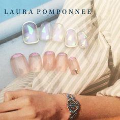 LAURA POMPONNEE 表参道さんはInstagramを利用しています:「7月おすすめデザイン✨✨ . 03-6433-5015 LINEローラポンポニーで検索 LINEからもお問い合わせいただけます。 . #nail #nailart #nails #fashion #ネイル #art #表参道ネイルサロン #アート…」