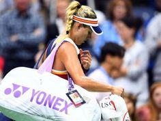 """Son şampiyon Kerber ilk turda elendi Sitemize """"Son şampiyon Kerber ilk turda elendi"""" haberi eklenmiştir. Detaylar için Sitemizi ziyaret ediniz."""