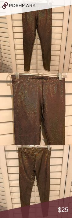 👻 SALE 👻 AMERICAN APPAREL METALLIC GOLD LEGGINGS American Apparel black and gold metallic signature leggings. FYI they have been in storage with vintage clothing for the past few years but have been recently cleaned. Great for Halloween!!!!! Open to offers. No trades. American Apparel Pants Leggings