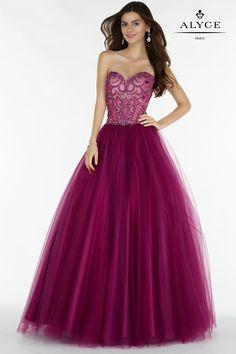 Alyce 6728 Size 20 #Alyce #AlyceParis #Prom #Prom2017 #Prom17 #Prom2k17 #PromDress #Burgundy #Wine #Ballgown #Sweetheart #Tulle #Beaded #Corset