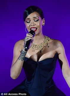 Let me entertain you: She wore her hair in a sleek, long ponytail as she sang her way through a medley of hits Rihanna 2014, Long Ponytails, Her Hair, Curves, Celebs, Gowns, Fashion Outfits, Elegant, How To Wear