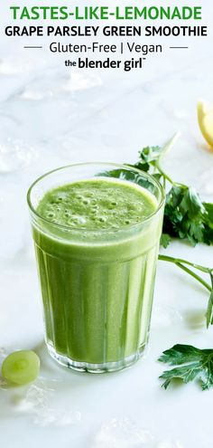 Grape Parsley Green Smoothie - The Blender Girl Easy Green Smoothie Recipes, Lemon Smoothie, Green Smoothie Cleanse, Easy Smoothies, Fruit Smoothies, Antinflammatory Diet, Nightshade Vegetables, Just Juice, Health And Nutrition