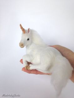 Needle Felted animal - white unicorn - felted animal - needle felted unicorn - felted unicorn - miniature unicorn - Gift for her - OOAK - by on Etsy Needle Felted Animals, Felt Animals, Baby Animals, Needle Felting Tutorials, Felt Fairy, White Unicorn, Unicorn Crafts, Felt Crafts, Sock Crafts