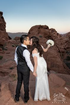 #valleyoffirewedding #desertwedding #luvbug #lasvegaswedding