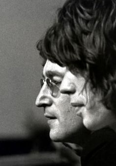 John Lennon & Mick Jagger From flaneur.piccsy.com