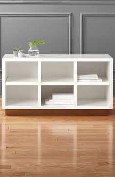 Nothing kicks off the season like a fresh pair of white sneakers. Give them a clean place to rest at night with our oberlin small white entry bench.