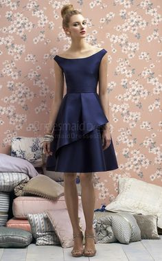 A-line Sleeveless Off The Shoulder Ink Blue Charmeuse Knee-length Bridesmaid Dresses(UKBD03-721)