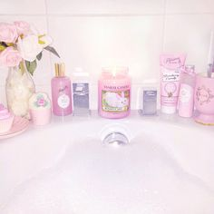 Pink Bubble Bath www.lovecatherine.co.uk www.instagram.com/catherine.mw