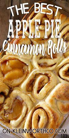 Apple Pie Cinnamon Rolls, an easy cinnamon roll recipe loaded with apple pie filling make the perfect fall breakfast treat. Simple to make Cinnamon Desserts, Rhubarb Desserts, Köstliche Desserts, Delicious Desserts, Dessert Recipes, Yummy Food, Apple Recipes, Fall Recipes, Baking Recipes
