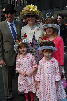 Modern day Easter bonnets from the NYC Easter Parade. Easter Hat Parade, Easter Bonnets, Peter Cottontail, Easter Ideas, Happy Easter, Spring Time, Harajuku, Nostalgia, Mad
