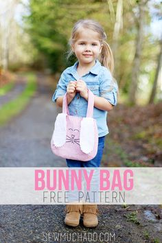 Bunny Toddler Backpack Free Pattern - Sew Much Ado Love Sewing, Sewing For Kids, Sewing Hacks, Sewing Tutorials, Sewing Tips, Sewing Patterns Free, Free Pattern, Pattern Sewing, Bunny Bags