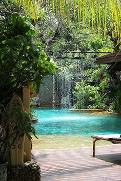 Baray Villa, Phuket    http://nikkingsman.com    Honeymoon in Thailand