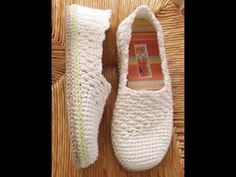 épinglé par ❃❀CM❁These pretty slippers are made using a worsted-weight cotton yarn. Instructions are written for size S: (M: L: XL: and include detailed, step-by-step instructions with pictures and symbol crochet. You can wear them as slippers or. Crochet Sole, Crochet Sandals, Crochet Boots, Crochet Slippers, Love Crochet, Diy Crochet, Crochet Crafts, Crochet Clothes, Crochet Cotton Yarn