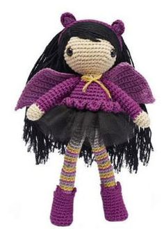 Gothic girl crochet pattern, super cute doll amigurumi with a gothic style, cute wings too. Skill Level: Intermediate Pattern: 1, 2 More Patterns Like This!