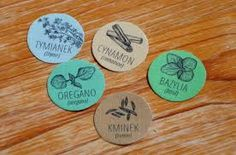 Výsledek obrázku pro Etykiety przypraw Spice Jar Labels, Spice Jars, Spices, Laundry, Diy, Tags, Laundry Room, Spice, Bricolage