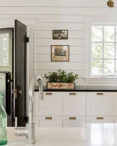 White Kitchen Walls