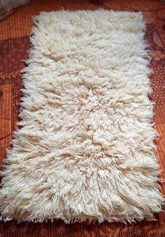 Flokati shaggy rug, Handwoven 63'' x 29''