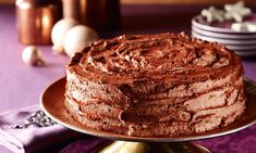 Schoko Sahne Torte Biskuit www.geburtstagsto… Schoko Sahne Torte Biskuit www. Fancy Cake, Cake & Co, German Christmas, Love Is Sweet, Cakes And More, No Bake Cake, Chocolate Cake, Tiramisu, Donuts