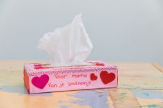 VAN JE SNOTNEUSJE  Knutselen voor moederdag.  Inspiratie voor Moederdag  https://www.doenkids.nl/inspiratie-voor-moederdag-cadeautjes/