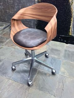 SINU chair - www.eclecticcontract.com